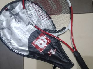 Теннисная ракетка WILSON в хорошем состоянии