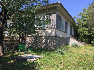 Дом с земельным участком предпочтительно под базу отдыха или состоятельному человеку под дачу...