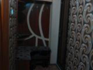 apartament partea la soare cu reparatie, laminat , tapeta calitativa, usile chimbate