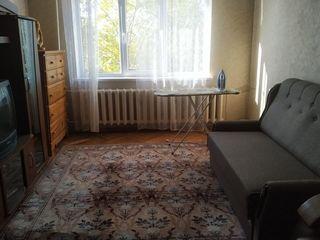Сдам 2-х комнатную на рышкановке (не агенство)