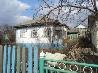 Продается дом с участком правильной формы