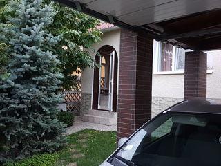 În vînzare casă cu un nivel la preț de apartament. Direct de la proprietar! Euroreparație mobilată!