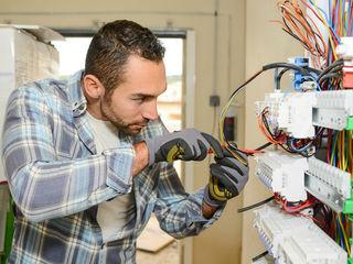 De urgenta! Electrician autorizat. Toate lucrarile. Авторизованный электрик. Все виды работ.