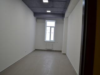 Oficii 25 m2 ,42 m2, 49 m2