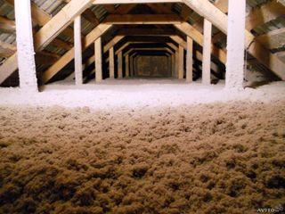 Fulgi de celuloza -pentru oameni gospodari! Izolari termice si fonice- mansarde,poduri,pereti,altele