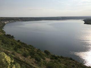 Участок на берегу реки Днестр. Молдавская сторона!