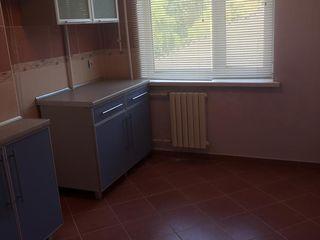 Двухкомнатная квартира,в Центре Григориополя,54кв.м