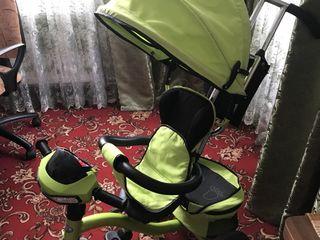 Детская качалка, проектор и велосипед.