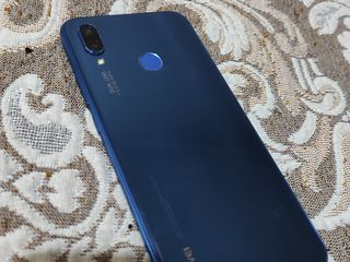 Продаю телефон Huawei p20 lite