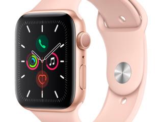 Apple watch series 5 (mwv72) / 1.57'' (40мм)/ sport band золотой