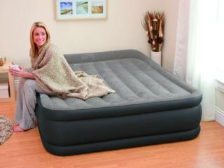 Надувная кровать Intex 64136 (203х152х42) со встроенным насосом