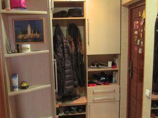 Apartament perfect pentru familie! 4 camere! Se vinde mobilat!
