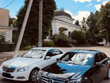 Mercedes E Class W212 ( facelift), albe negre, ore/zi -10% reducere