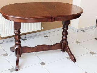 Больше места вокруг стола. раздвижной стол europa u из натурального дерева решает проблему