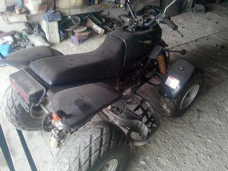 Suzuki -