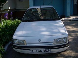 Renault 21