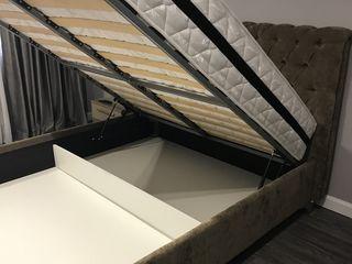 Vind dormitor practic nou cu spațiu de depozitare