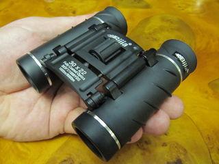 Бинокль 10 х 22; профессиональная, супер современная, мощная оптика ! (личная коллекция)