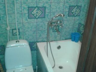 Меняю малосемейку туалет ванна бойлер в комнате на 1-2 комнатную полноценную+доплата без посредников