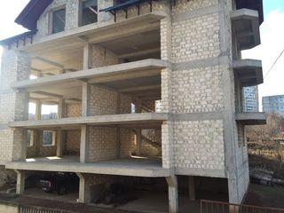 Буребиста Незавершенное строение 19х13 в 4уровнях+гаражи с подвалами