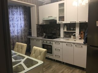 Bubuieci, spre vânzare apartament, 3 camere, 72 m.p, 42 000 euro.