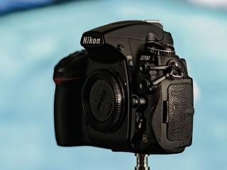 Продам Nikon D700, боди - 650 евро.