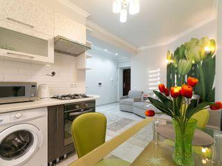 Apartament Centru Квартира посуточно Rent apartment daily Tolstoi 24/1