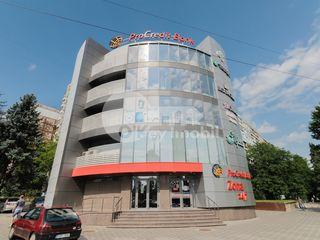 Chirie oficiu, 35 mp, euroreparație, Bd. Dacia, 525 € !