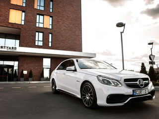 Reducere/скидка! luna august: Mercedes E Class AMG E63 V8 - 79 €/zi(день) & 15 €/ora(час)