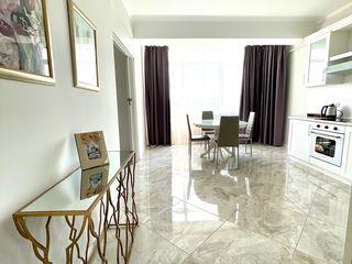 Chirie Centru apartament linga Moll Malldova, 450 euro