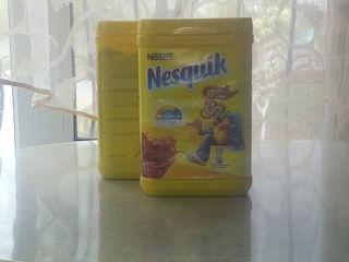 Urgent două cutii de cacao Nesquik cîte 900 grame.