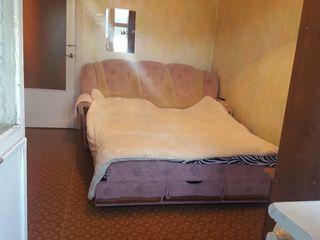 Vand apartament 3 camere (seria 143) - Ciocana. Urgent!