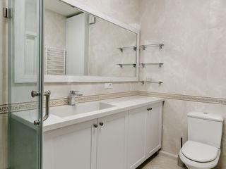 Blaturi pentru baie, din marmura / granit / quartz / piatra artificiala