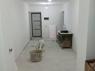 Кагул - Центр -- 3 комнаты - Белый вариант - 4 этаж из 4.