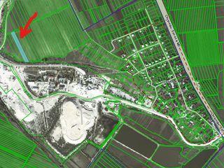 Teren agricol. 40 Ari. Magistrala M2. 18km de la Chisinau.