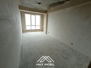 Vînd apartament cu 2 camere separate + living , planificarea foarte reușită, suprafața 65 m.p