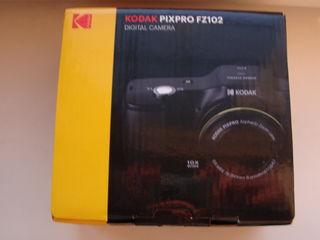Aparat foto digital, KODAK PIXPRO FZ102, 16 Mpx, zoom 10x, negru, NOU sigilat, cu toate accesoriile.
