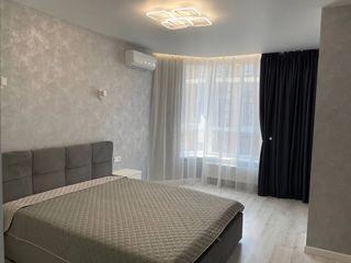 Apartment in lux in centru!! почасово, посуточно, понедельно, 550 лей!!!