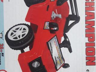 Masina cu acumulator - 1999 lei!