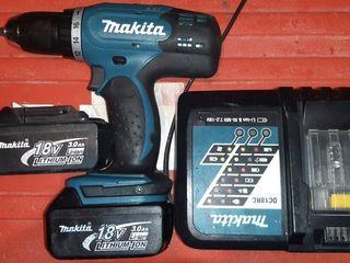 Аккумуляторный шуруповерт Makita 18 V 3.0Ah
