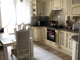 Vind urgent apartament Dragalina 100 m2! Euroreparatie mobila tehnica autonoma!
