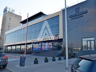 Spațiu Comercial! Centru, str. Albișoara, 250 m2 + terasă 500 m2! Prima linie!