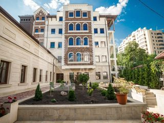 Vânzare - clădire comercială cu anexă, Centru, str. Bogdan Petriceicu Hașdeu