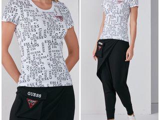 Set de pantaloni și tricou,Calvin Klein,Guess,marime-s,m,l,xl,,Noua colecție 2021,Maiou 300,