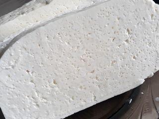 Propun spre vânzare Brînză de Oi ( sarată)