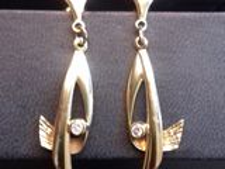 Cercei din aur proba 375 cu diamant 4 grame
