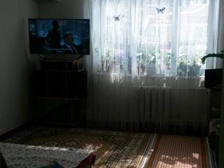 Se vinde apartament in sect. Riscani (Chisinau)