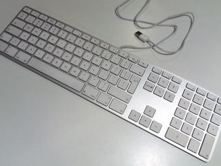 Apple Keyboard . новый - Model: A1243
