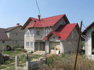 Casa cu 2 nivele + mansarda