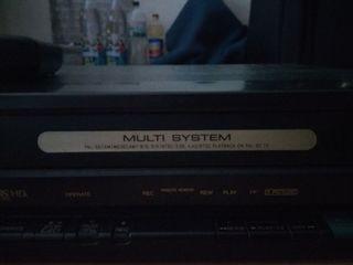 Видеоплеер ,,Sharp,, ,кассетный, в рабочем состоянии. За 250лей.